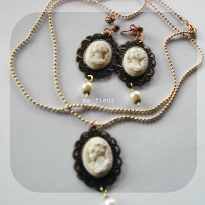 CAMEO LADY earrings+necklace
