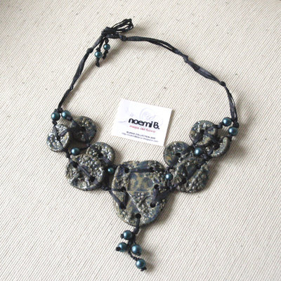 Collana Blu Raku
