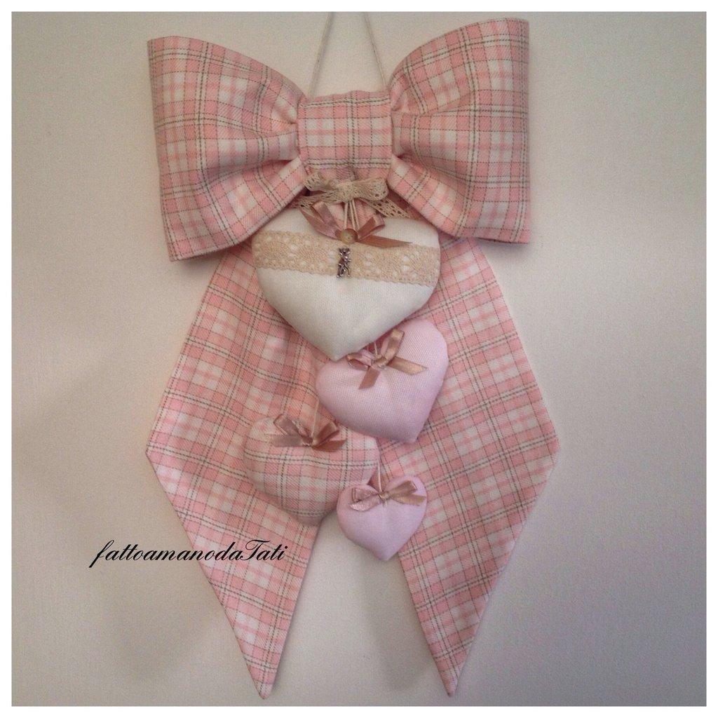 Fiocco nascita in cotone scozzese rosa con 4 cuori imbottiti