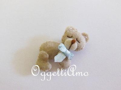 'Orsetto addormentato': un delicato orsacchiotto per le bomboniere del vostro bambino