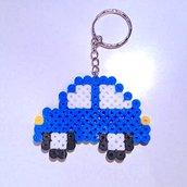 Portachiavi con macchinina blu in hama beads