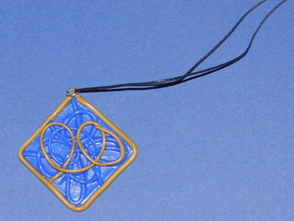 collana rombo blu e oro