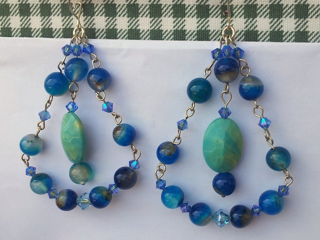 orecchini pendenti in agata blu