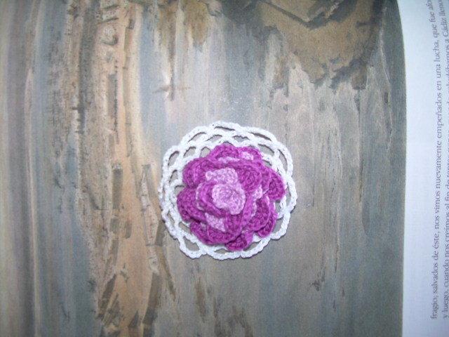 Broche doble violeta