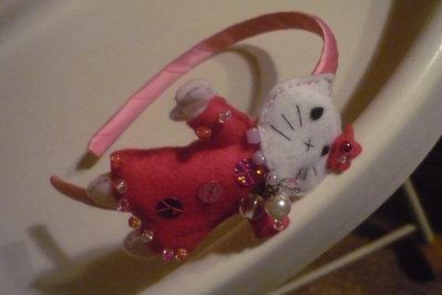 Cerchietto Hello Kitty vestita a festa