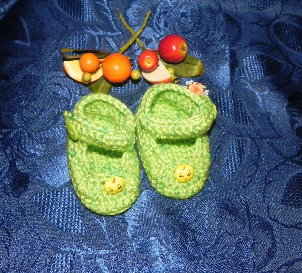 SCARPETTE SCARPINE bimbi FATTE A MANO misto lana verde