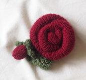 Cogli la Rosa. Ornamento in lana.