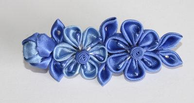 Fermaglio kanzashi colore blu