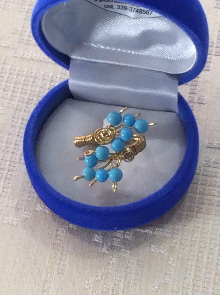 Anello wire ottone e perline turchesi