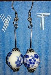 orecchini in ceramica realizzati a mano
