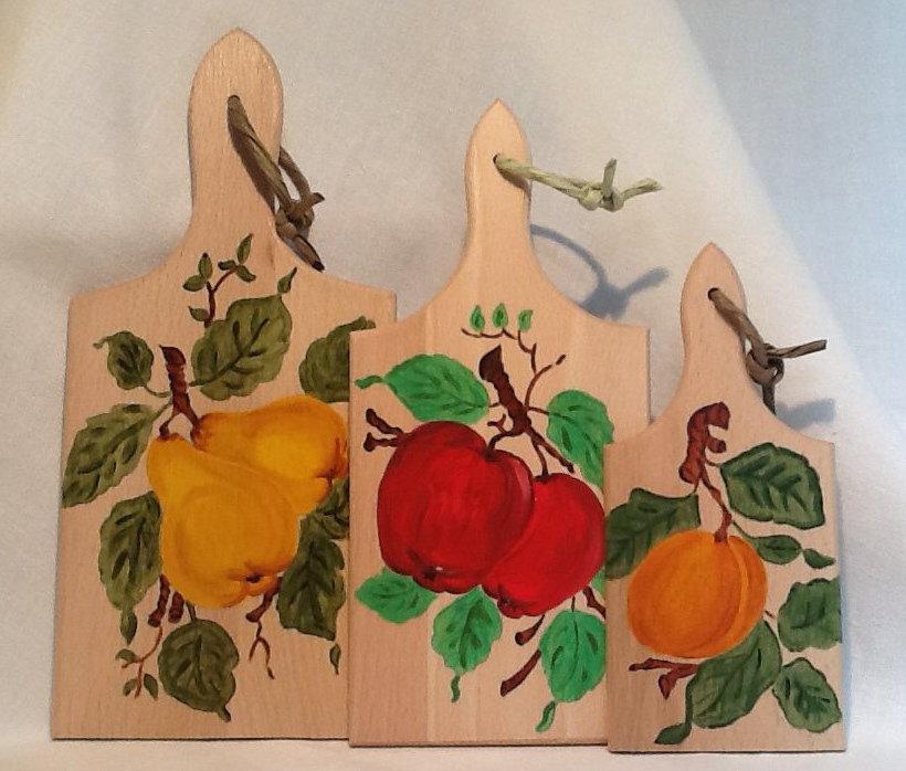 """TAGLIERI IN LEGNO, dipinti a mano """" Tris di frutti """""""