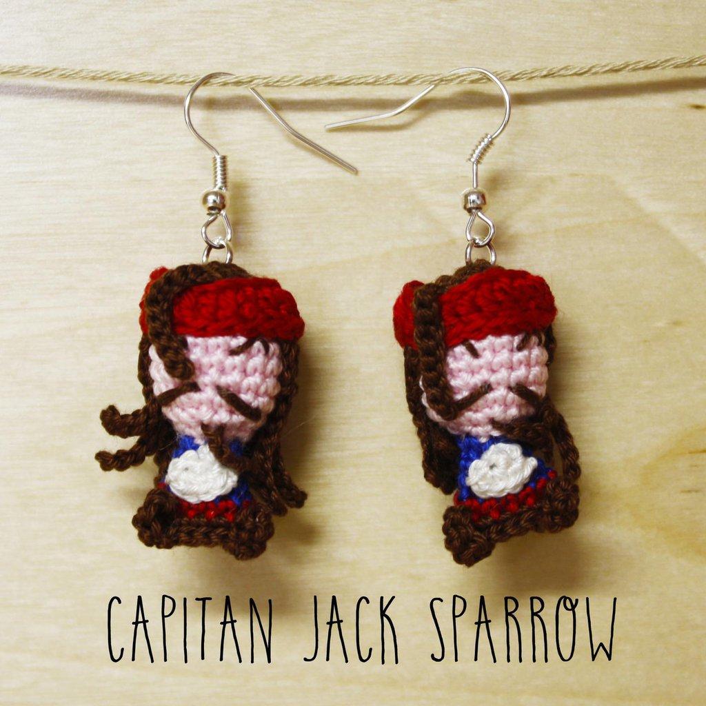 Orecchini uncinetto amigurumi Jack Sparrow