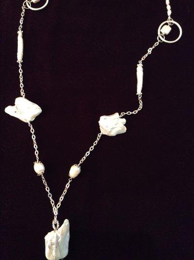 Chanel perle barocche