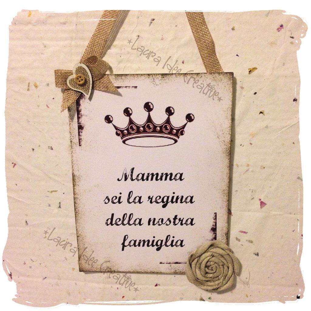 """Targa in legno """"Mamma regina della famiglia"""""""