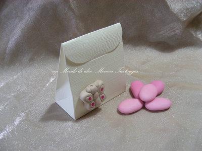 scatolina portaconfetti con farfalla femminuccia