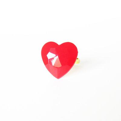 Anello cuore rosso velluto in resina. Romantico anello a cuore