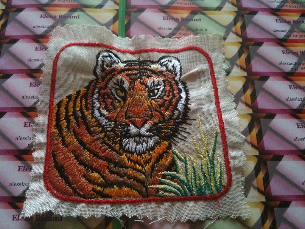 Tigre ricamata