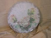 piatto in vetro rose bianche