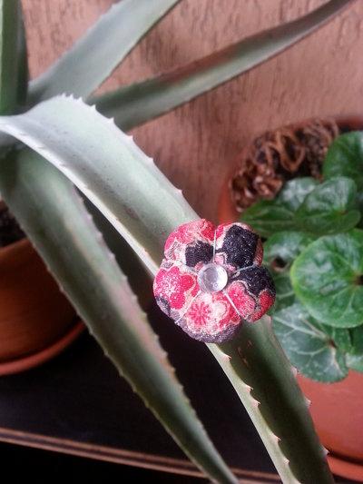 Anello Fiore Ume rosso blu