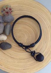 Bracciale in alluminio nero e perla di legno nero