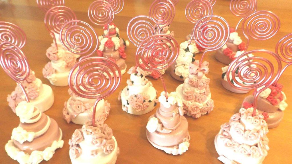 WEDDING CAKE BOMBONIERA SEGNAPOSTO MATRIMONIO BATTESIMO  - una a scelta - mini cake fimo - anche confezionate