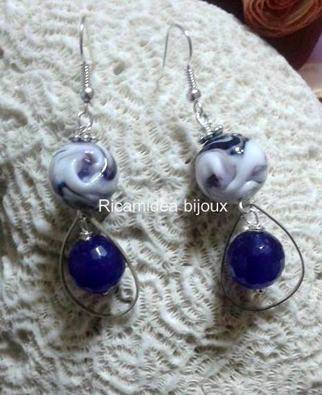 Orecchini pendenti agata viola e vetro