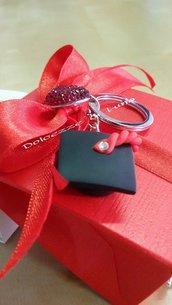 Portachiavi con tocco per sacchettini o scatoline porta confetti laurea fatto a mano