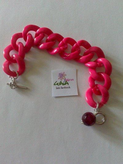 Bracciale catena resina rosa e pallina in agata vinaccia