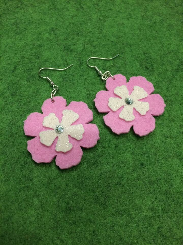Orecchini in feltro rosa