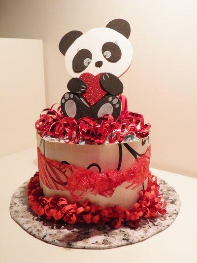Mini cake di pannolini, torta di pannolini con panda in fommy e bavaglino