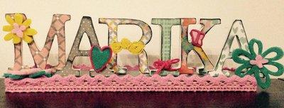 """Nome con lettere di legno, decorate a mano in stile """"ScrapBooking"""", su base di legno"""