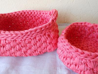 Coppia di cestini portatutto in fettuccia rosa idea - Cestini portatutto ...