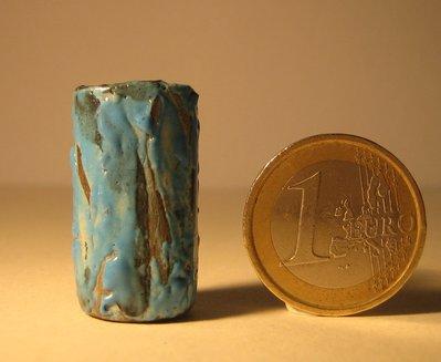 Vasetto h. cm. 3,  in ceramica raku