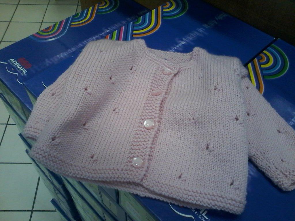 giacchino baby rosa con trafori