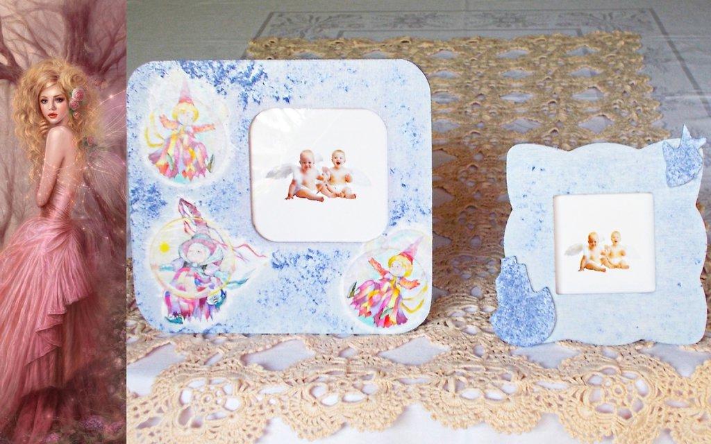 Coppia di cornici in legno decorate con decoupage pittorico e paste ruvide brillanti