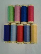 Spoletta cucitutto  Guterman varietà di colori.