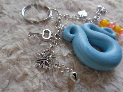Portachiavi campanellino,ciondoli,perline e nuvola azzurra