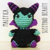 Pupazzetto portachiavi uncinetto amigurumi Maleficent
