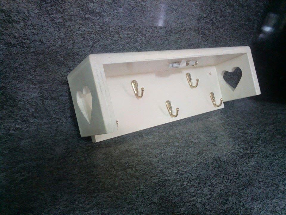 mensole su misura : Mensole realizzate su misura in legno - Per la casa e per te - Cuci ...