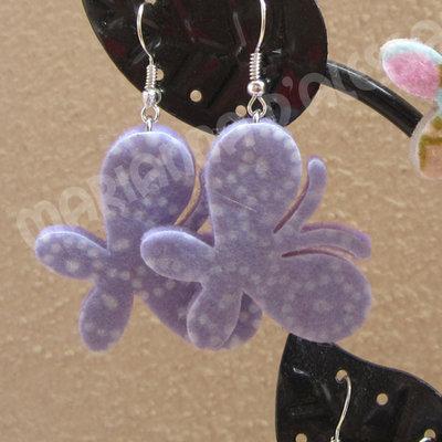 """Orecchini in feltro decorato Punteggiato serie """"Farfalla"""" colore lilla"""