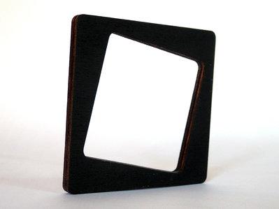 Riny, bracciale geometrico in legno versione quadrato personalizzabile in 6 colori