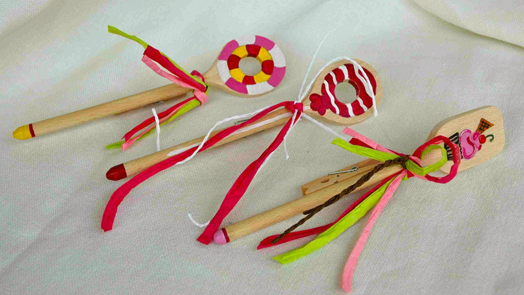 PINZE MILLE USI in legno decorate a mano