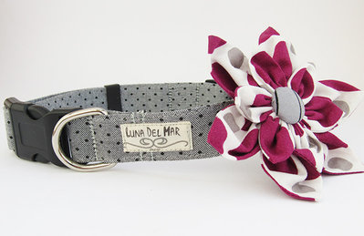 Collare cane con fiore