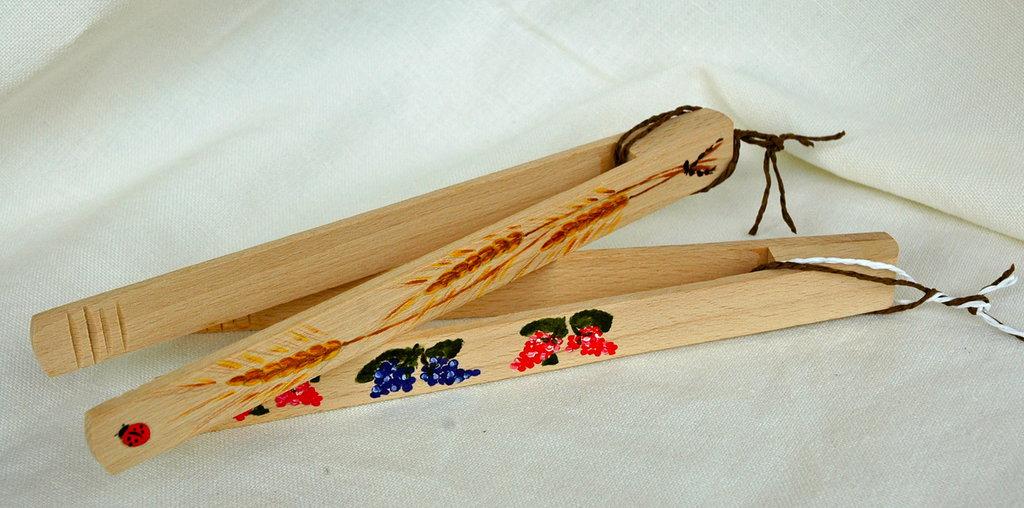 Pinze da cucina in legno dipinte a mano per la casa e - Pinze per cucina ...