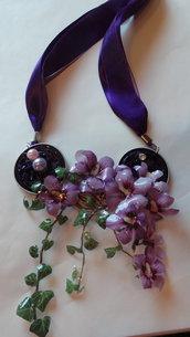 Collana Edera e hibiscus