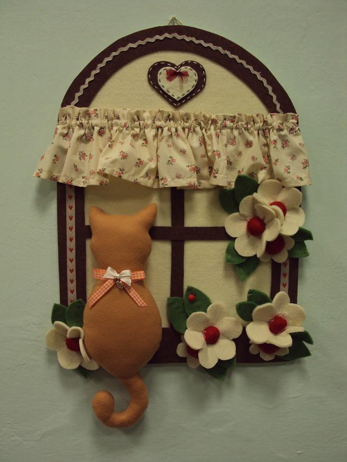 Pannello il gatto alla finestra per la casa e per te for Gatti in pannolenci