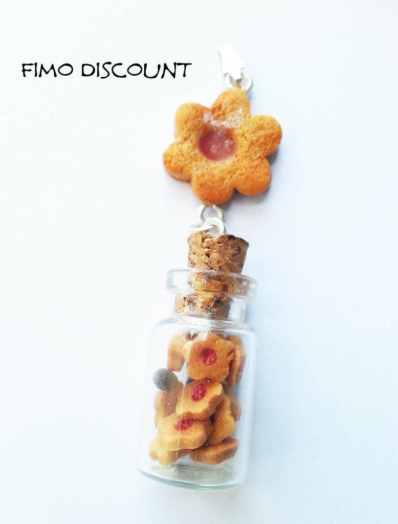 Ciondolo biscotto con bottiglietta