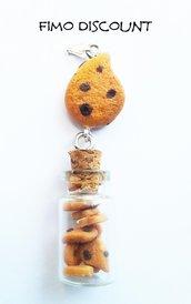 Ciondolo biscotto gocciole con bottiglietta