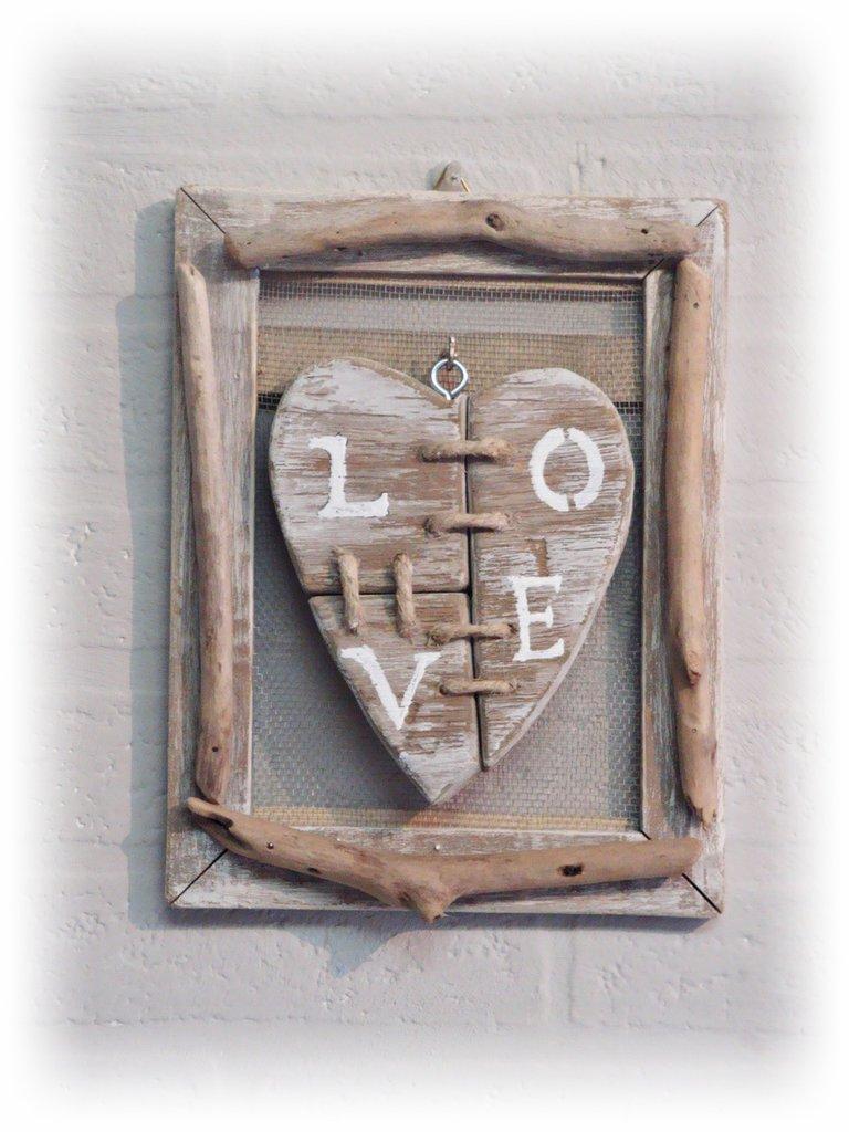"""Quadretto """"LOVE"""" con legni di mare"""