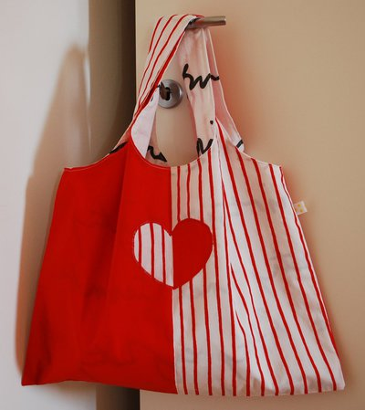 Shopper con cuore applicato
